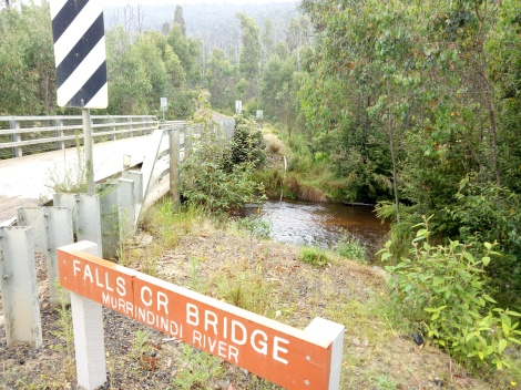 We park our car at the Falls Creek Bridge before heading out on the Boroondara Track Circuit.